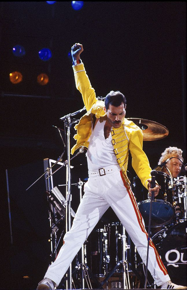 iconic_freddie_mercury_wembley